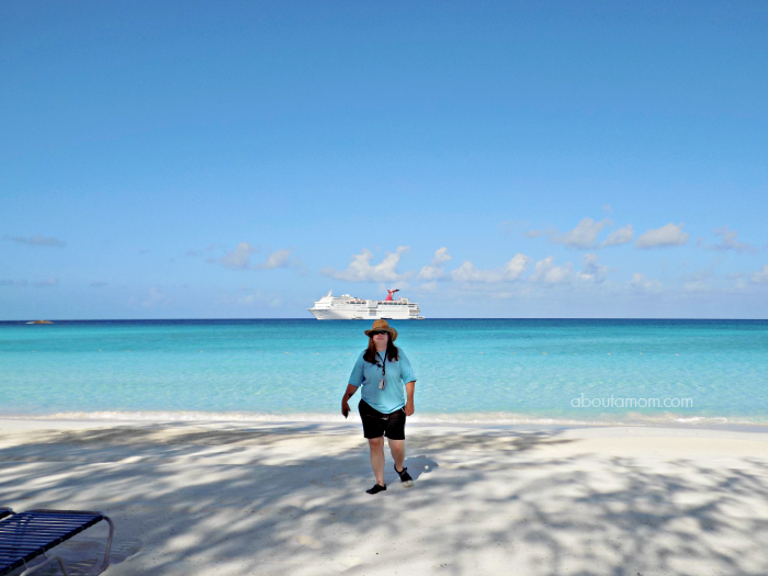 Heading to Half Moon Cay on your next Carnival or Holland America cruise? Enjoy the island with your own private cabana. Here's everything you need to know about the Half Moon Cay Cabana Rental shore excursion.