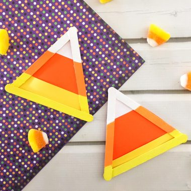 Fall is here. Kids will love this simple candy corn craft that is inexpensive and simple to make. Most of the supplies you need are already on hand.