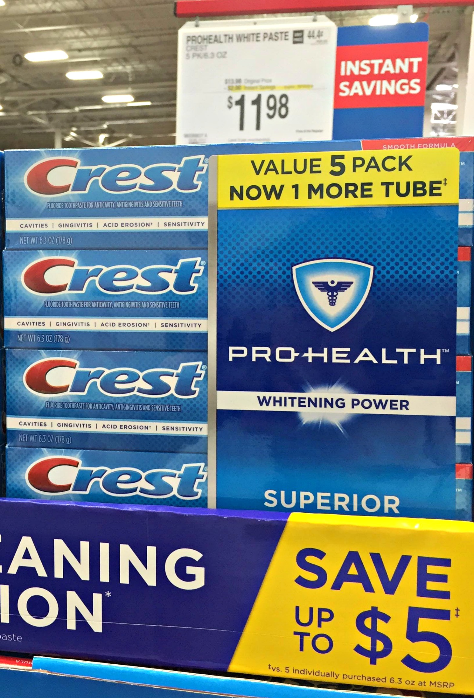 Fall is a great time to renew your focus on your healthy lifestyle. Keep your smile in tip top shape with Crest from Sam's Club.
