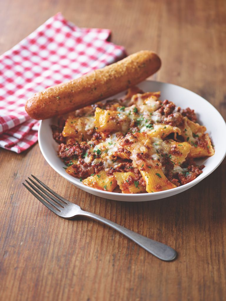 Satisfy your pasta craving with Applebee's Neighborhood Pastas. Each one is an adventure for your taste buds. Now available at Applebee's for a limited time.