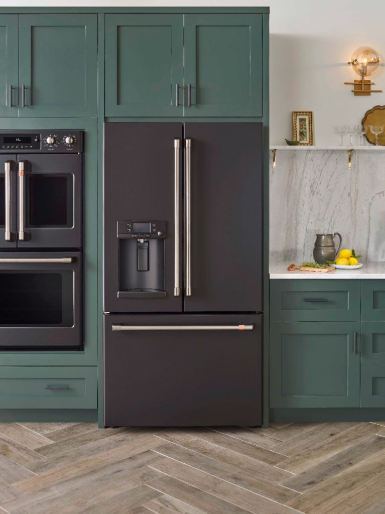 Add Personalization to Your Kitchen with the Café Matte Collection on kitchen appliances equipment toools, kitchen stoves and ovens, kitchen designs with black appliances,