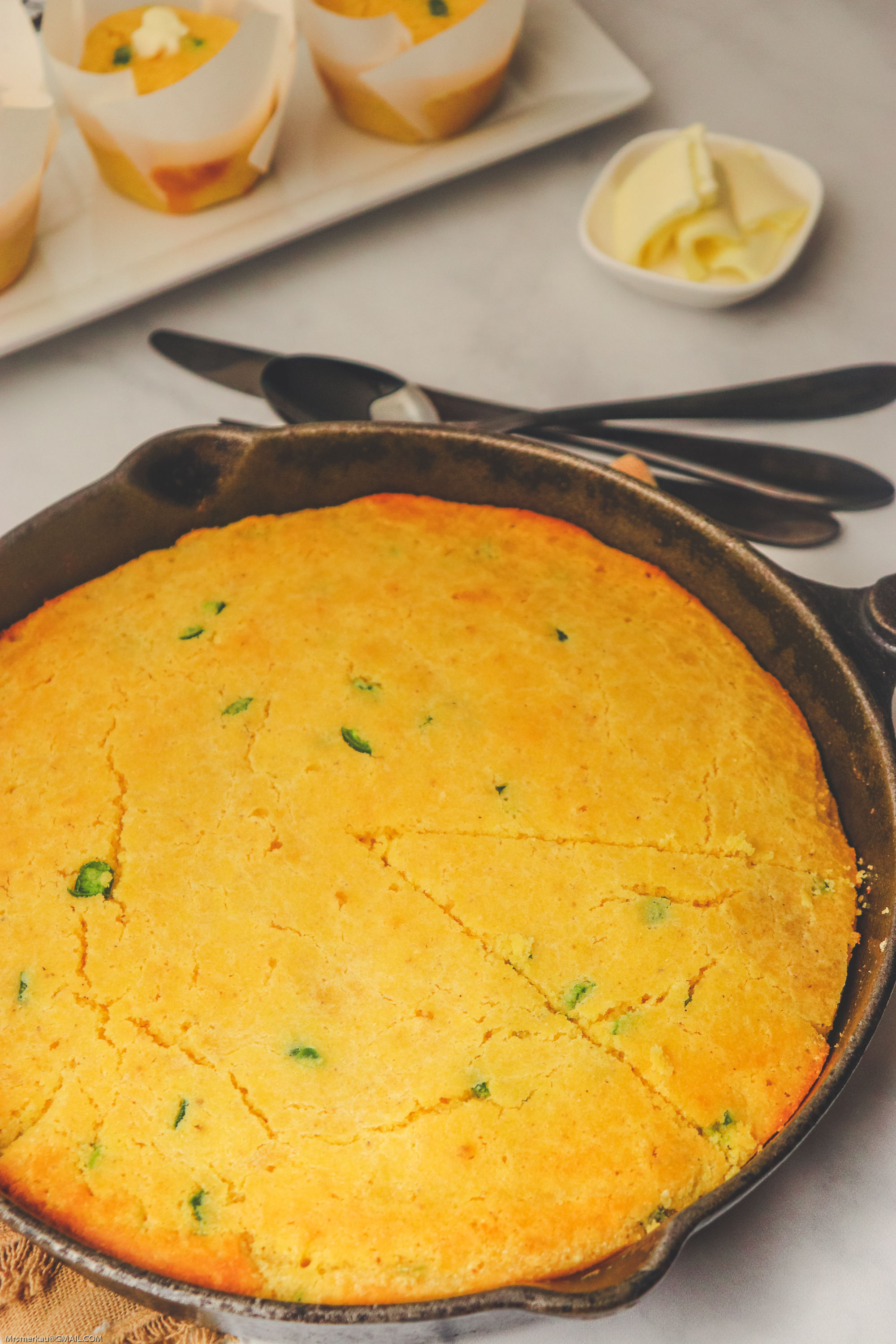 This cornbread skillet recipe is the easiest and best tasting cornbread. Seasoned with jalapeno peppers, this cornbread recipe makes an amazing side dish to any of your favorite meals.