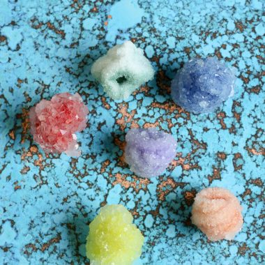 This Borax Crystals science experiment is a fun chemistry lesson for kids. Kids are going to be amazed watching these crystals form. This is a terrific learning activity to do with the kids, especially if you are homeschooling.