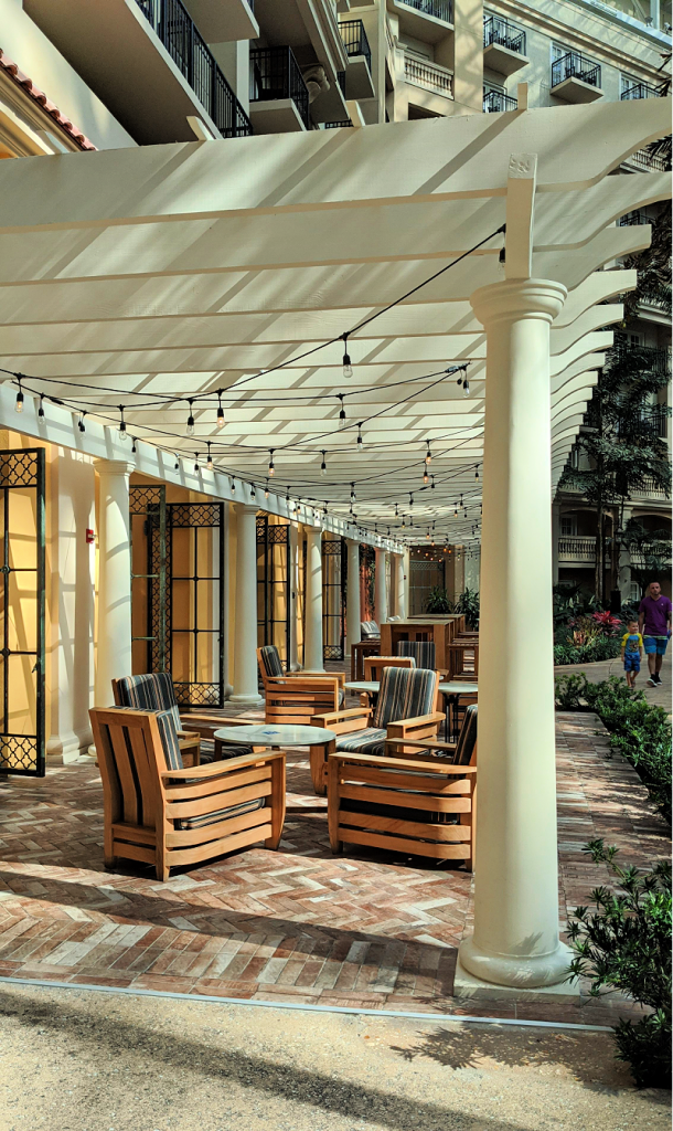 Gaylord Palms Resort Socio outdoor lounge area