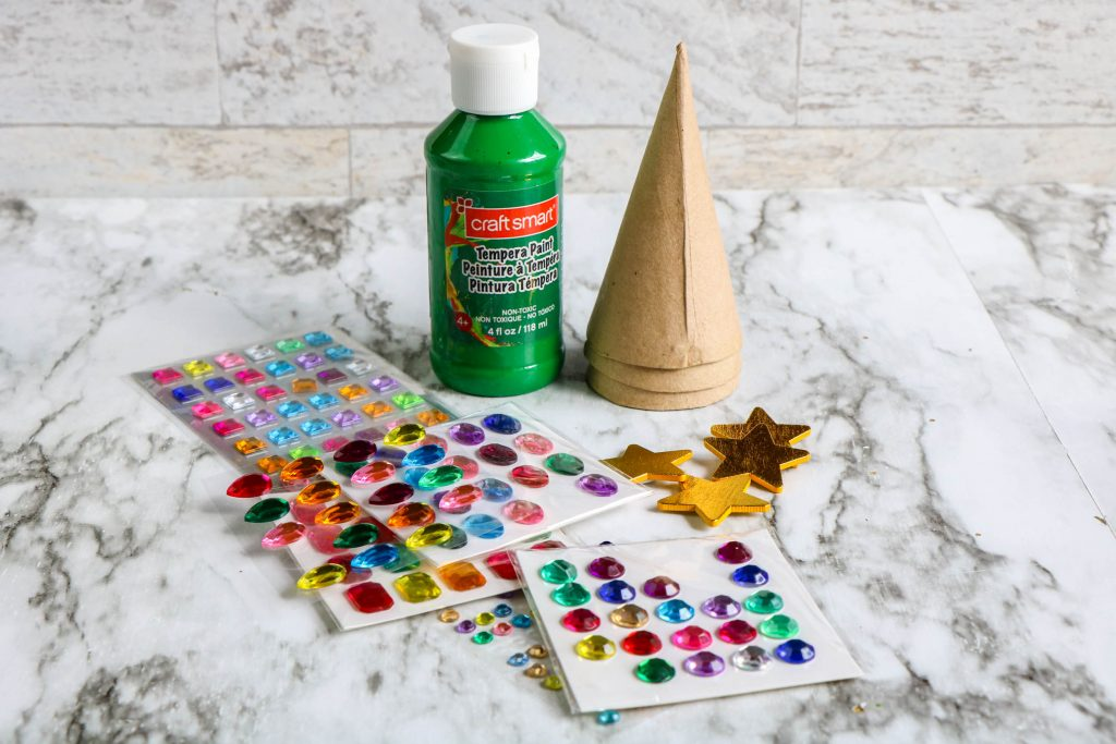 supplies needed for paper Christmas tree ornaments