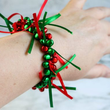 This DIY Jingle Bells Christmas Bracelet is the perfect way to spend time with your loved ones and make great memories and gift.