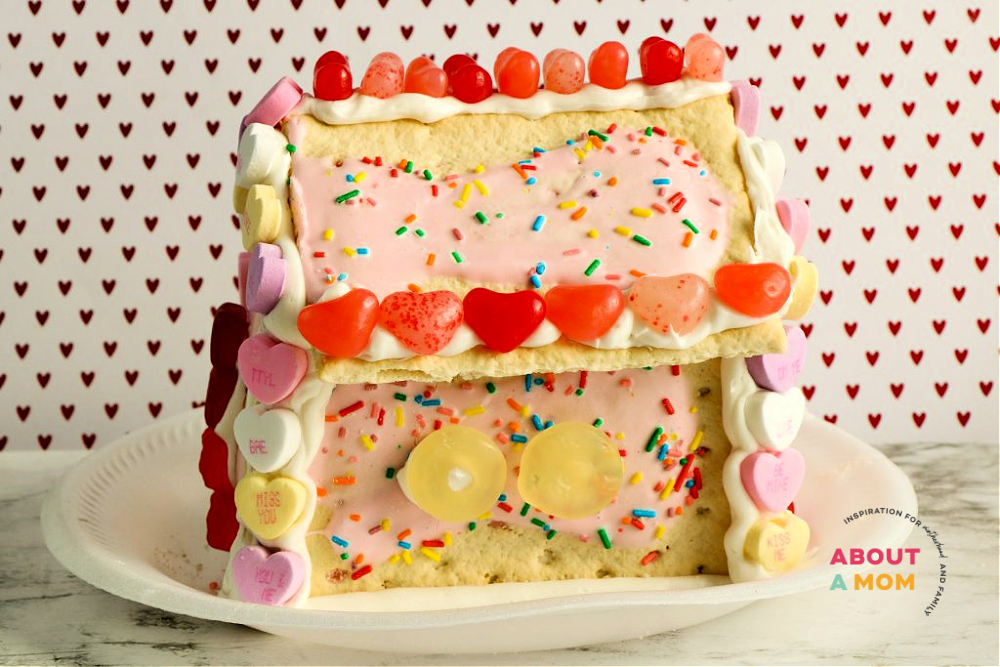 How to make a Pop Tart House for Valentine's Day