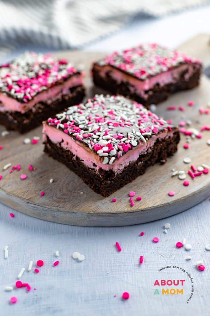 Sweetheart Brownies for Valentine's Day