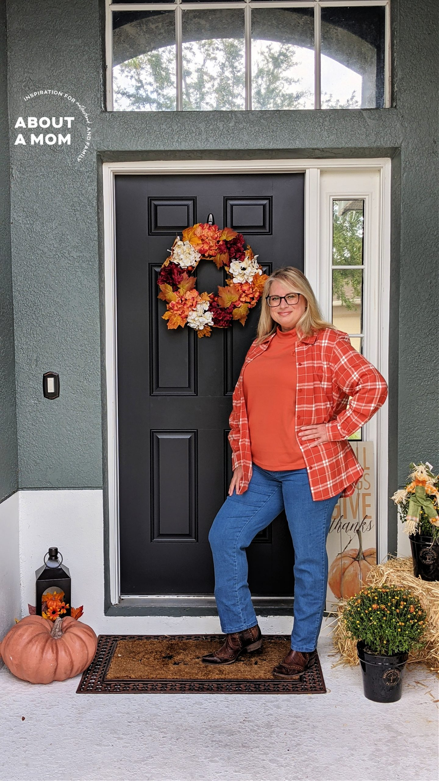 2021 fall fashion is all about warm colors, layering and comfortable jeans like the amazing comfort stretch jeans from the Blair DenimEase Collection.